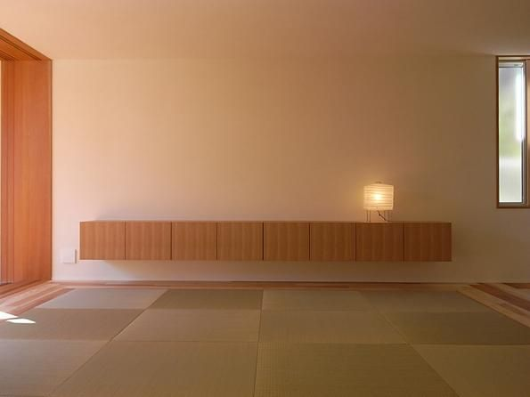 リビングダイニング事例:畳リビング-テレビボード(『小柴見の家』伸びやかに暮らせる和みの家)