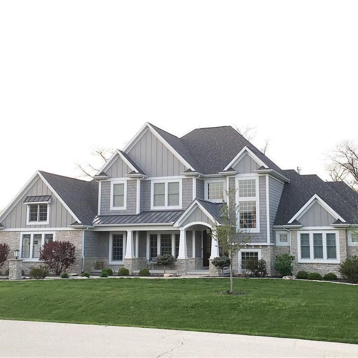 Best 25 grey exterior ideas on pinterest grey exterior for Craftsman roofing