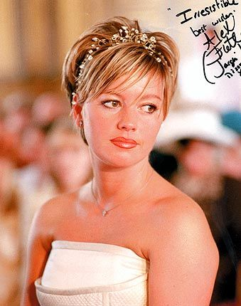 Very Short Wedding Hairstyles | Bridal tiara for short wedding hair styleBrookside (Channel 4) soap ...