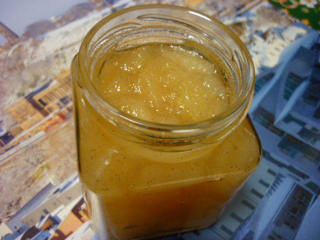 dulceata de mere cu vanilie