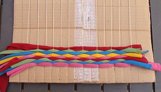 T-shirt yarn weaving