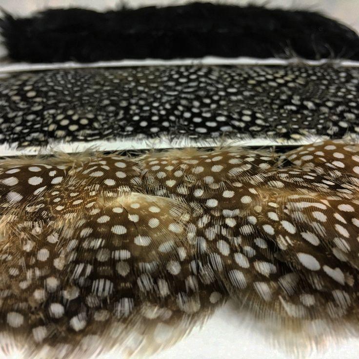Plomes! Plumas! Feathers! #guinea #pasamanería #passamaneria #details #detalles #detalls #ontariofabrics