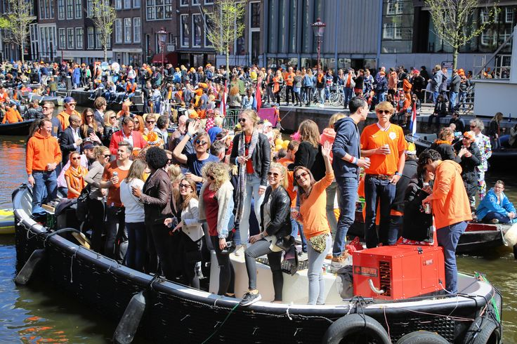"https://flic.kr/p/soAejE | Hallo Amsterdam | © all rights reserved by <a href=""http://www.flickr.com/photos/visbeek/"">B℮n</a>  <b>King's Day</b> <i>Dutch: Koningsdag</i>, is the National holiday celebrated with joyful open air festivities on the King's Willem- Alexander birthday, held each year in April in the Netherlands. King's day Amsterdam celebrations are the biggest and the most attractive. More than million people arrive to the city to celebrate this day. Since 1885, while the…"