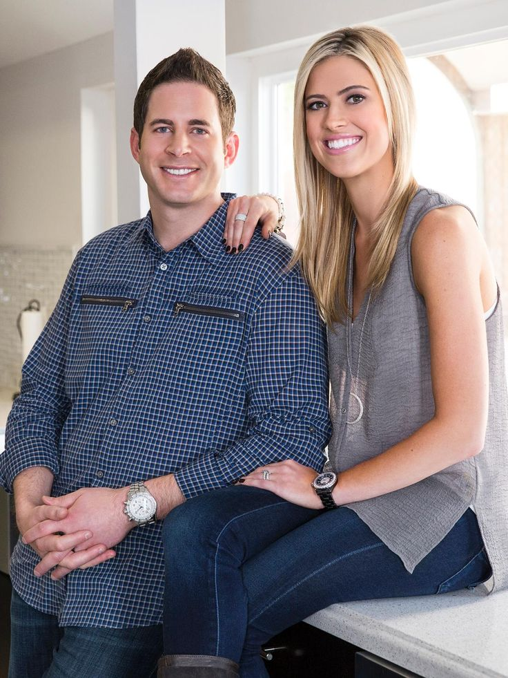 8 best christina and tarek el moussa kitchens flip or for Flip flop real estate