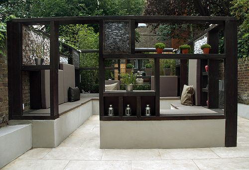 'Cube Play' by Earth Designs A modern contemporary minimalist garden in Maida Vale, Queens Park London W2 | Flickr - Photo Sharing!