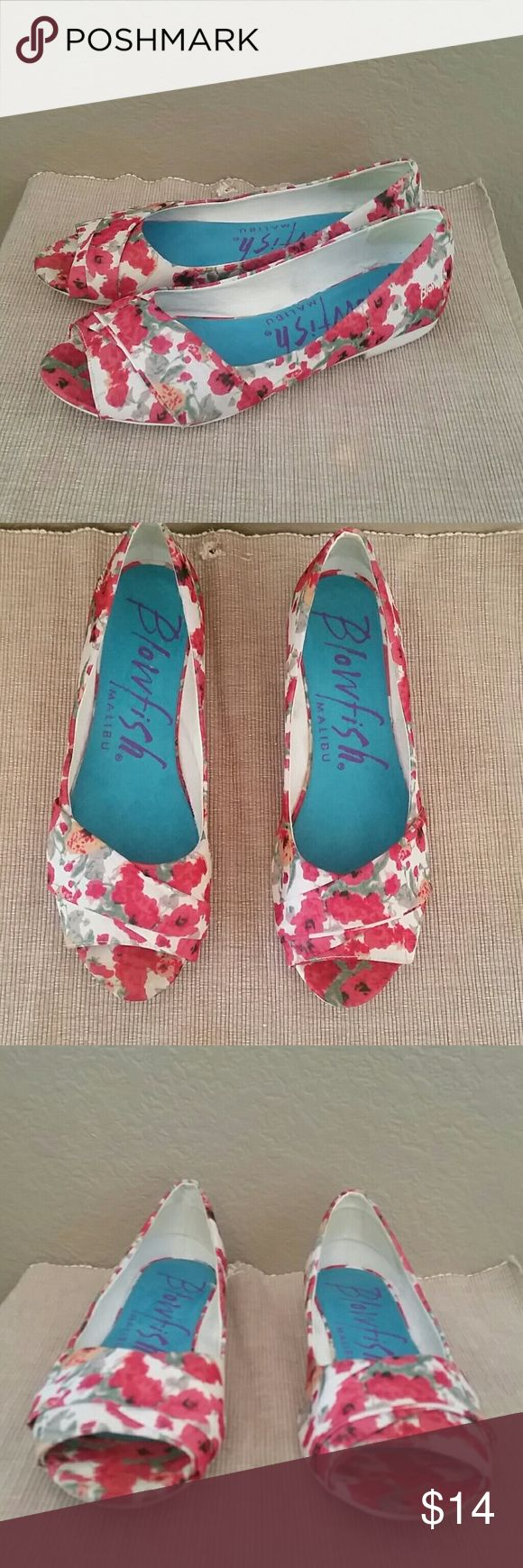 Blowfish floral open toe flats size 9 Blowfish flats, Floral print, open toe, pre-owned, size 9, Blowfish Shoes Flats & Loafers