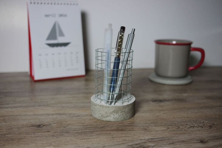 Nice little addition to any modern home!!  https://www.etsy.com/hk-en/listing/290905595/round-concrete-base-wire-mesh-pen