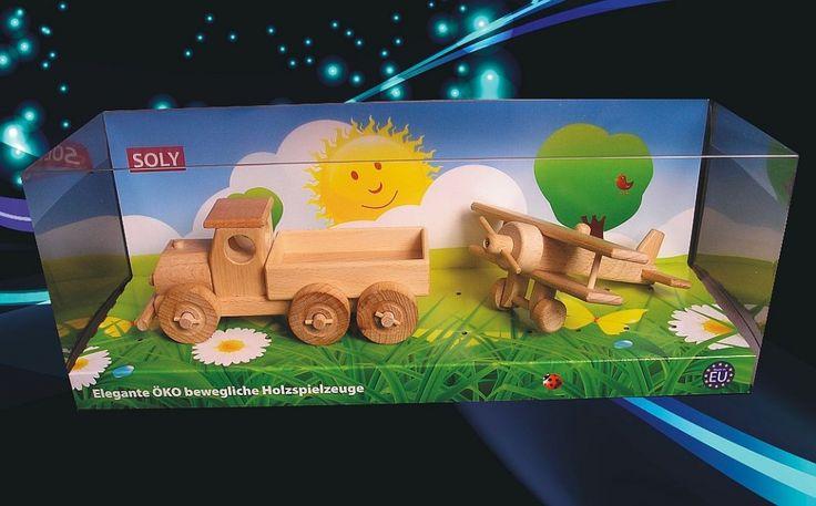 Dřevěné autíčko a ledadlo, české hračky
