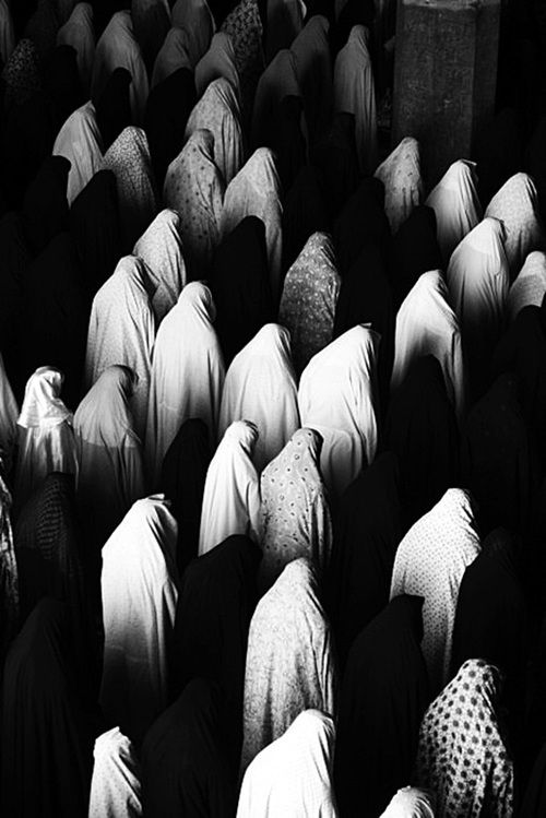 #muslim #women praying #photography