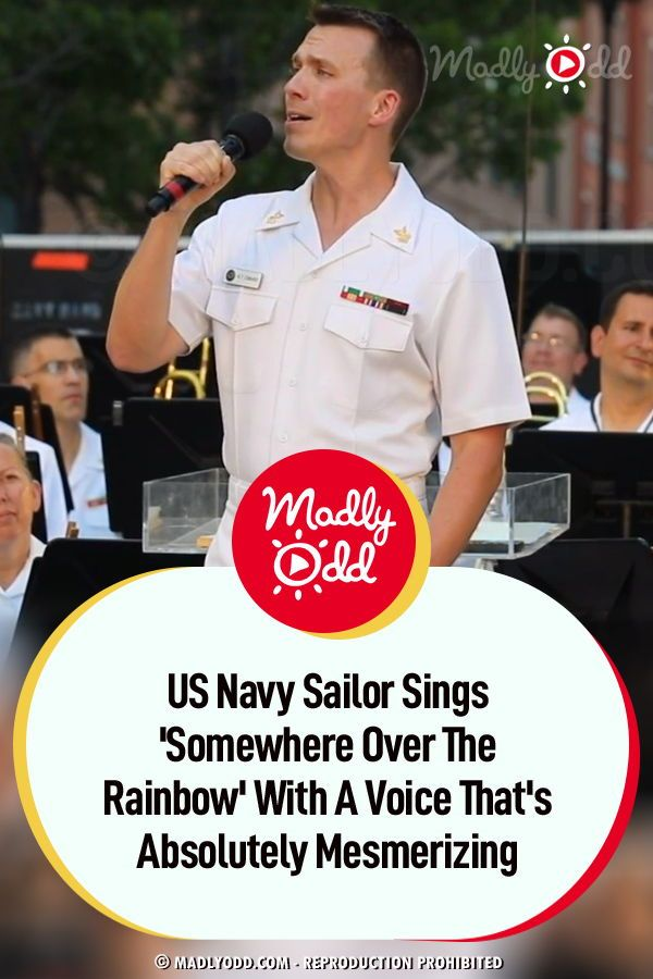 Navy Christmas Concert 2020 US Navy Sailor Sings 'Somewhere Over The Rainbow' With A Voice
