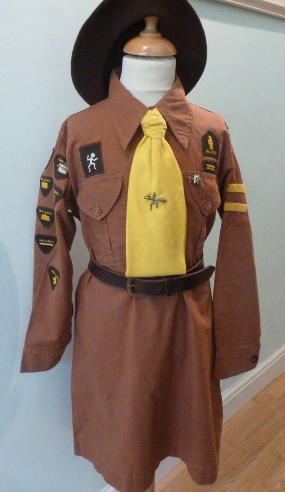 Complete Vintage BROWNIE Girl Guide UNIFORM & Badges 1950s