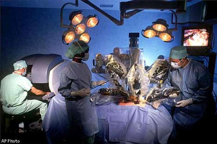 2000 // DIGITAL DOCTOR:  Cutting-edge robotic device could revolutionize surgery // Intuitive Surgical's Da Vinci Surgical System was approved by the FDA. It is the nation's first robotic surgical device, one that aims to help doctors better perform minimally invasive surgery by moving its three arms.