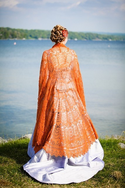 Knitting Crochet In Spanish : Gorgeous knit lace wedding jacket actually this is a