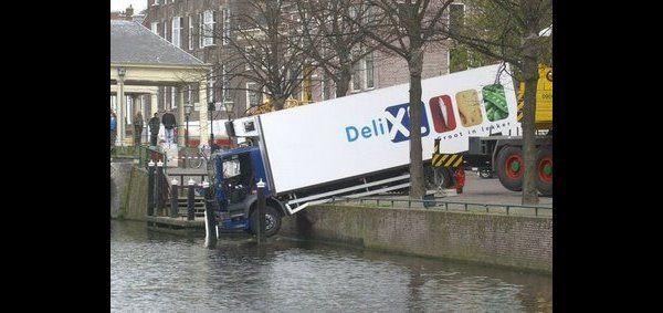 DeliXL overweegt transport over water  http://www.tipsautoverkopen.nl/