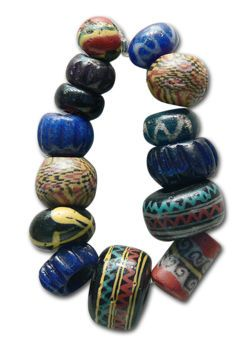 Necklace 3-4 century AD .
