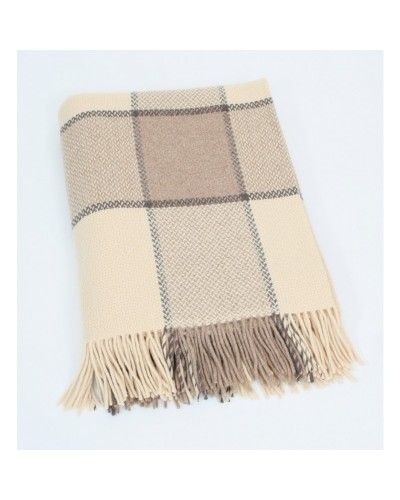 Merino Cashmere #Throw from John Hanly & Co. Made from 95% #Merino wool and enriched with 5% finest cashmere in Co. Tipperary, this has the warm luxurious feel of cashmere. Dimensions: 136 x 180 cms - 54 x 71 inches.