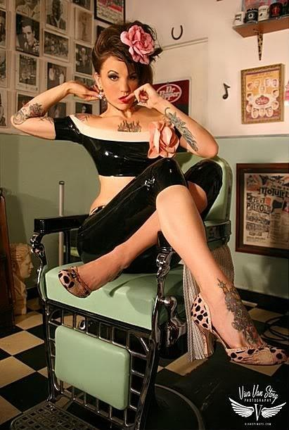 Viva Van Story Photography barber shop pinup
