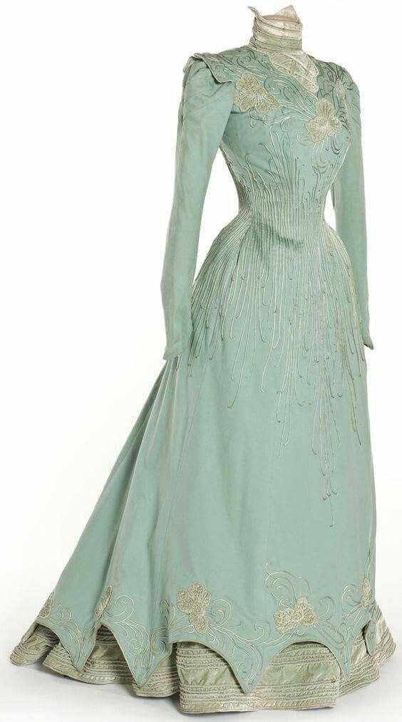 Mint green late Victorian loveliness. Dress 1898. #Victorian #1890s #fashion
