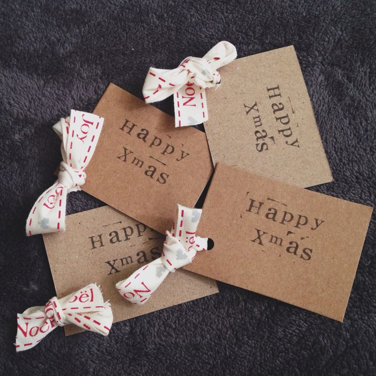 Xmas gifttags with Noel ribbon £1.95 for four