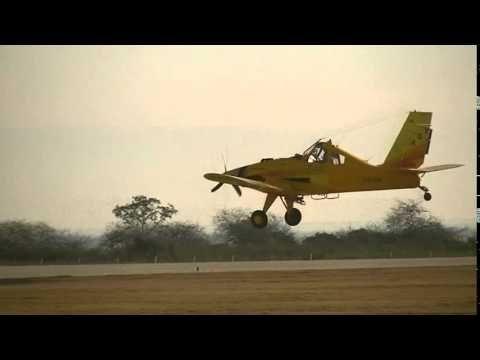 PZL-Okecie PZL-106 BTU-34 Turbo Kruk LV-ZYL en Las Termas de Río Hondo 1...