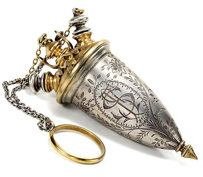 Antique Silver Perfume Flaçon, circa 1890.