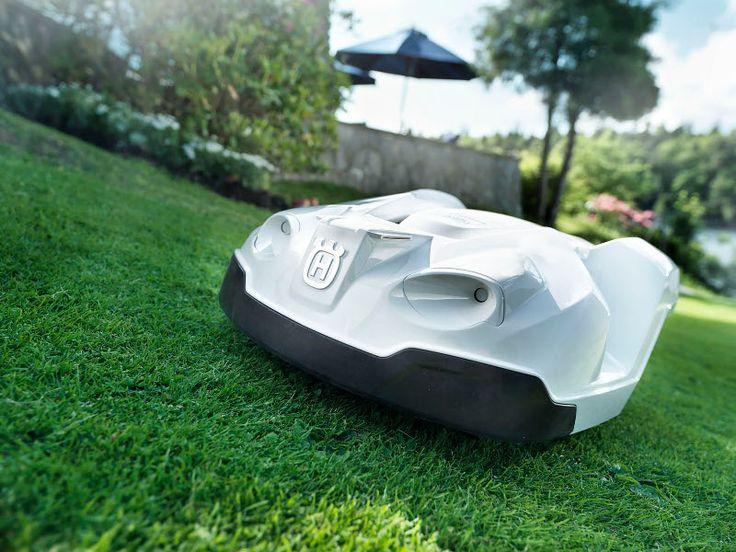 Deze automatische grasmaaier, Husqvarna Automower is gebruiksvriendelijker, duurzamer, stiller en slimmer dan ooit!