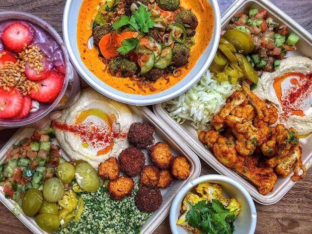 15 Standout Fast Casual Restaurants Of Midtown Manhattan Vegan Restaurants Nyc New York Food Best Vegan Restaurants