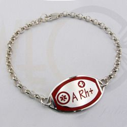Bransoleta srebrna wypełniona emailia w kolorze czerwonym z grupą krwi / Bracelet made from silver / 165 PLN #bracelet #bransoleta #silver #srebro #jewellery #jewelry #bizuteria