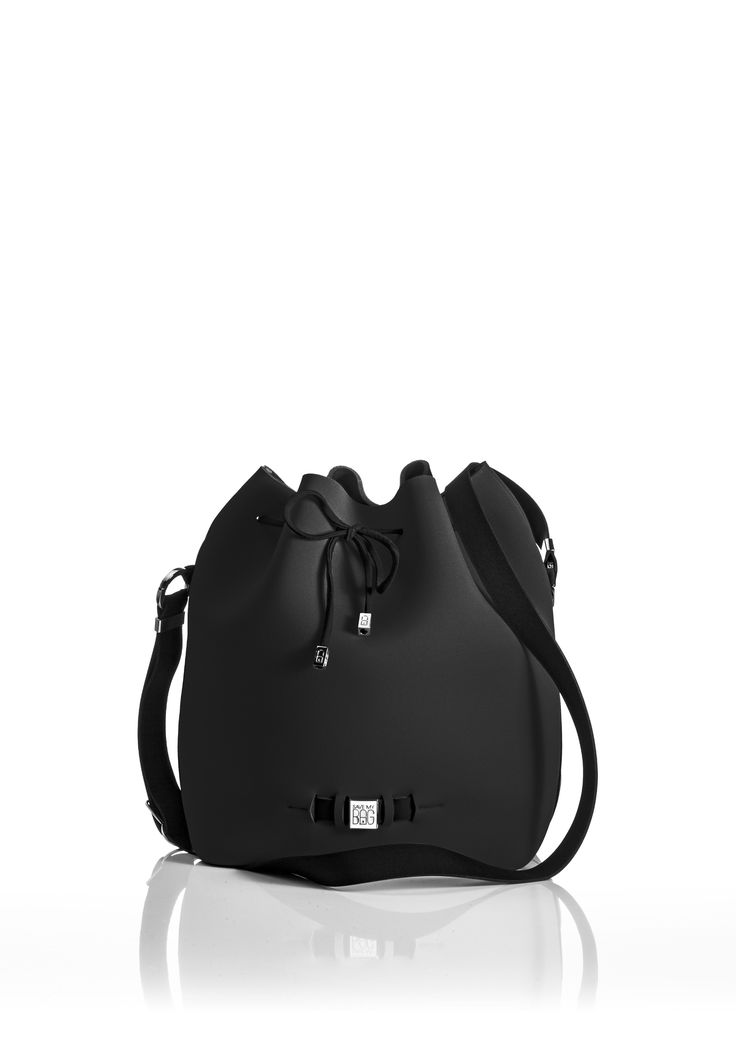 The Bubble is your bucket bag wardrobe staple.  A must-have style alongside totes and cross-bodies for the woman on the go.  With its drawstring closure, side zipper, adjustable strap and spaciousness, this is a practical day-to-day bag or one to take with you on travel adventures!   Size  240 x 175 x 30 mm  320g  Made in Italy  Vegan Friendly  Made from Poly-Lycra Fabric   Black