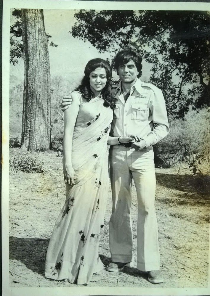 Dharmendra and Hema Malini in Maa 1976