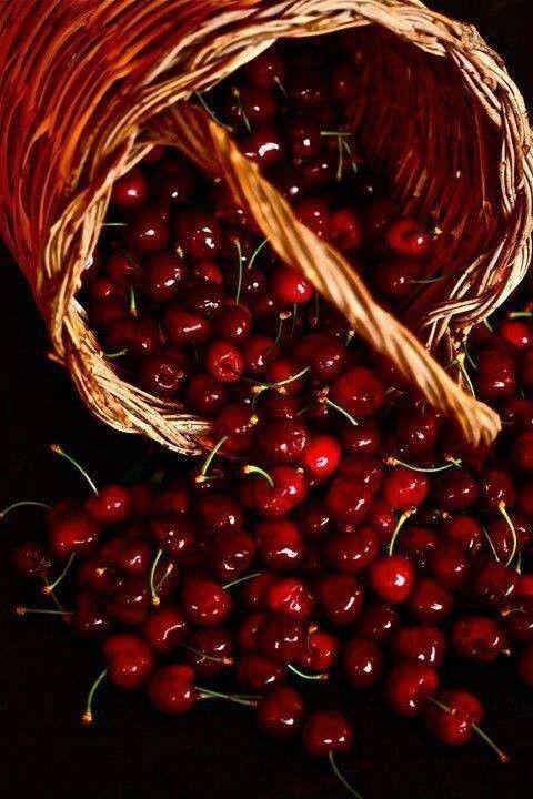 Ciliegie al vino rosso
