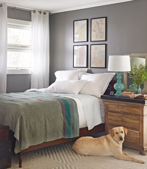 bedroom-with-chest-dog-north-carolina-home-0512-xln.1335157289.jpg (500×575)