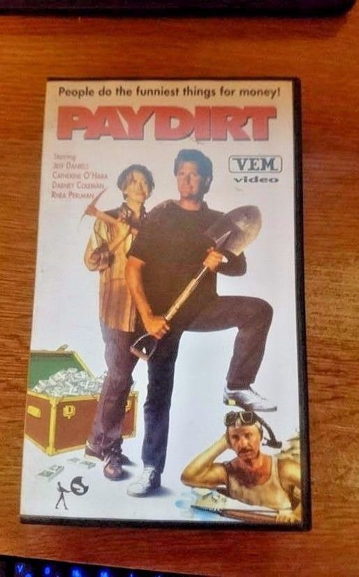 PAYDIRT ~ Bill Phillips Jeff Daniels Catherine O'Hara  DVD 1993 MADE IN CROATIA