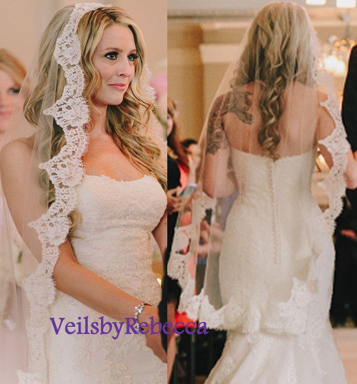 1 tier Fingertip mantilla veil,fingertip lace Catholic veil,Chantilly lace Spanish veil fingertip,1 tier eyelash lace wedding veil V621 by VeilsbyRebecca on Etsy https://www.etsy.com/listing/270619580/1-tier-fingertip-mantilla-veilfingertip