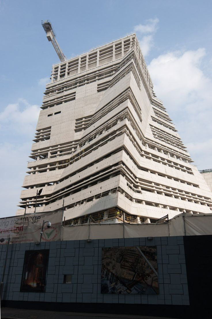 A brand new image of the Tate Modern extension by Herzog & de Meuron architects in London during cosntuction (September 2014) full article at http://www.inexhibit.com/case-studies/tate-modern-expansion-herzog-de-meuron/