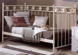 Resultado de imagen para decorar cama nido como sofa