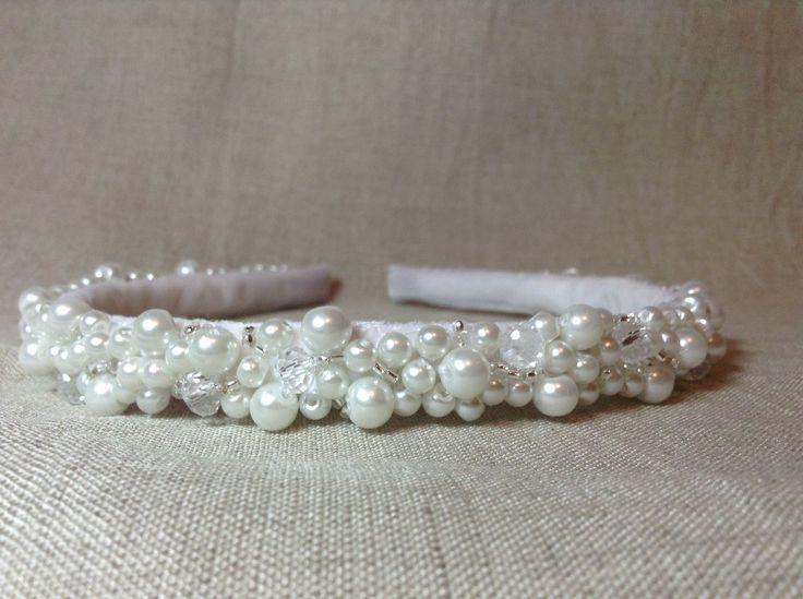 Купить Ободок ручной работы - белый, бусины, бисер, бисер японский, украшения ручной работы