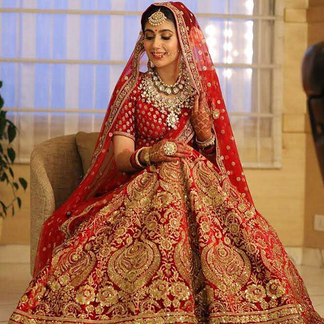 #Sabyasachi #Couture #Lehenga #RealBride #TheSabyasachiBride #SabyasachiBridesWorldwide @bridesofsabyasachi #IndianBridesWorldwide #HandCraftedInIndia #DestinationWeddings #DreamWeddings #IndialBridal #TheWorldOfSabyasachi @sabyasachiofficial