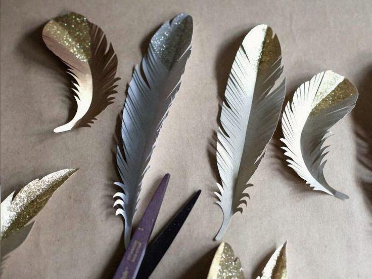 Tutorial fai da te: Decorazioni di carta a forma di piume da stampare via DaWanda.com