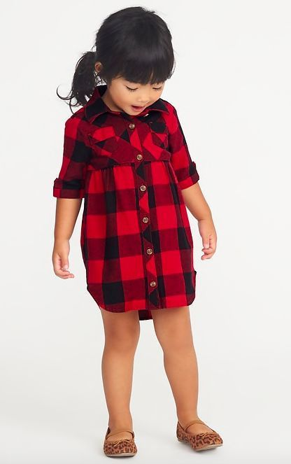 Plaid Shirt Dress for Toddler Girls! This toddler dress is perfect for fall and winter, and would be especially cute for a baby or toddler Christmas outfit or for a Christmas card photo outfit! #Affiliate