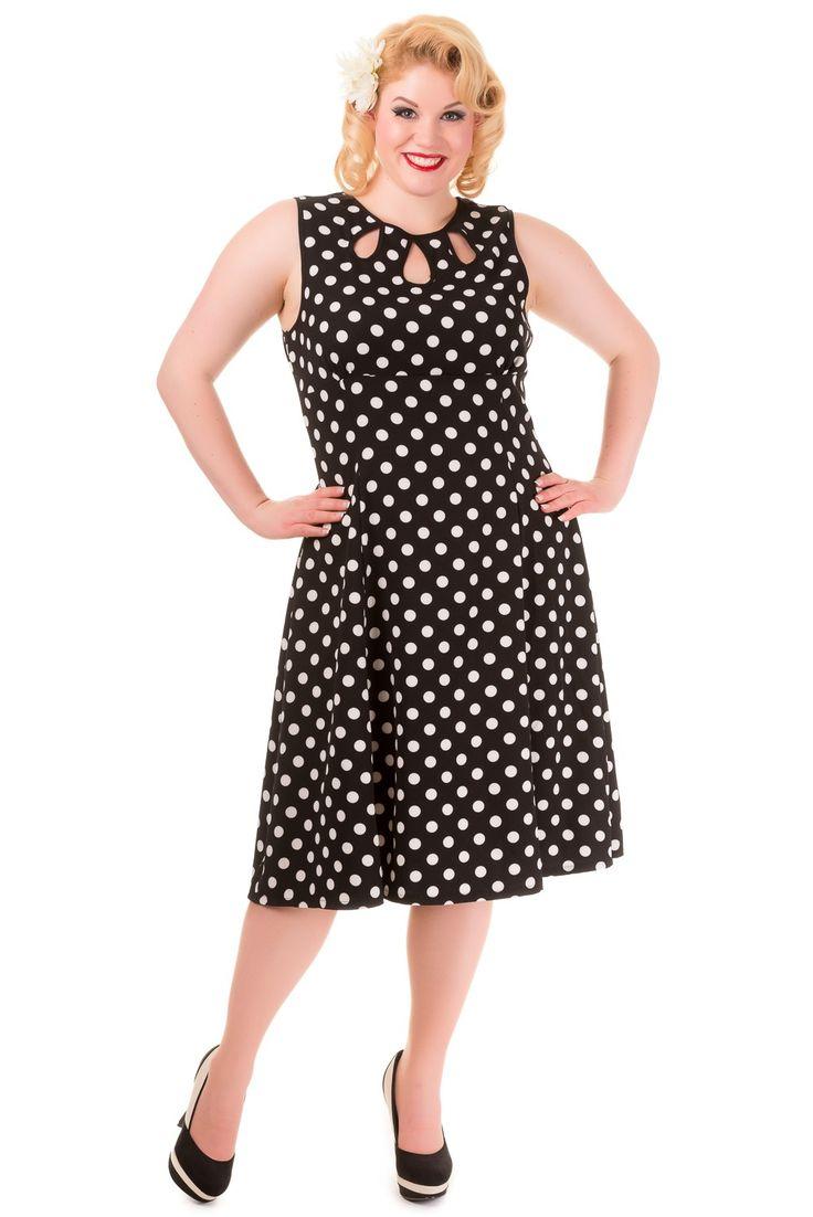 Songbird Dress - Deze prachtige mouwloze zomerjurk mag eigenlijk niet ontbreken in je kledingkast. Aan de achterzijde zit een rits die netjes weggewerkt is waardoor je hem niet ziet. En bovenaan zit er een knoopje.