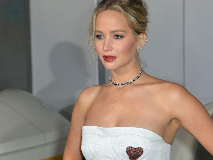"""Ein neuer Tarantino-Streifen steht an – und der Regisseur hat offenbar die Qual der Wahl, um eine wichtige Rolle zu besetzen. Jennifer Lawrence ist zwar im Rennen, angeblich aber nicht schön genug. Regisseur Quentin Tarantino (54, """"Pulp Fiction"""") will sich angeblich zwischen..."""