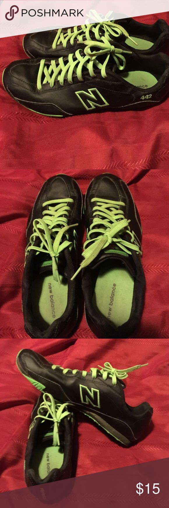 New Balance Woman's Shoes! Black &Green New Balance 442 9 1/2 Women's New Balance Shoes Athletic Shoes