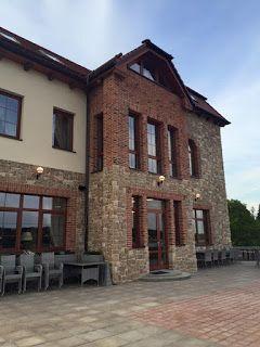 Czech girl travels: Hotel Plumlov, aneb místo kde se téměř zastavil ča...