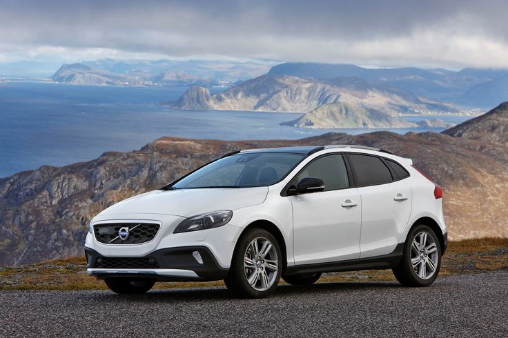 Volvo Introduces Powerful and Efficient New Engines for V40 D4 and T5 Models [Photo Gallery] - autoevolution