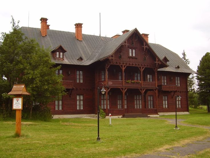 Tatranská Javorina (drevenný lovecký zámoček)