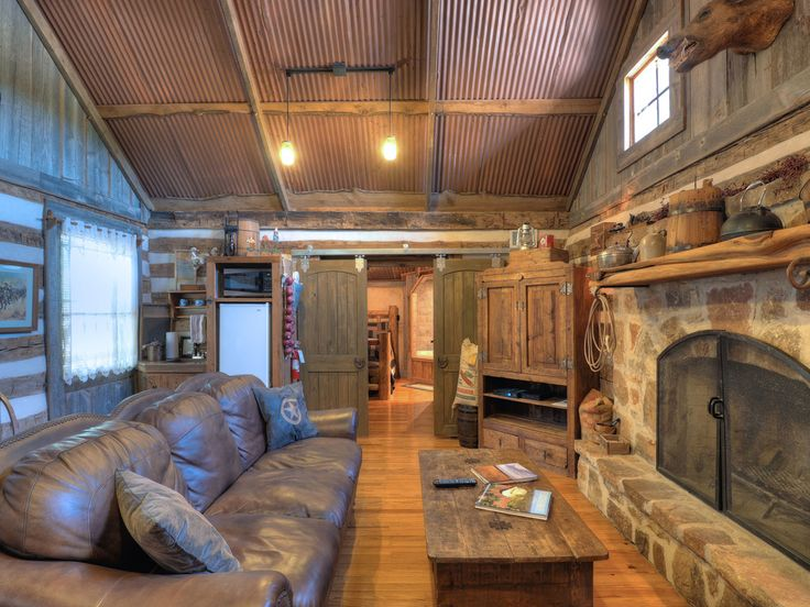 10 best images about rustic western home on pinterest for Texas hill country cabin builders