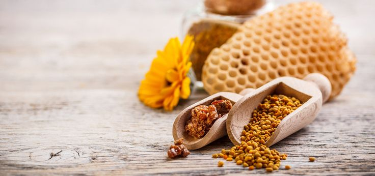 Those of us who suffer seasonal allergies will definitely be giving bee pollen a chance! How Bee Pollen Could Cure Your Allergies