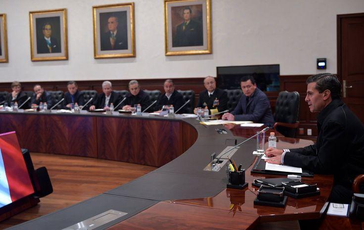 El Presidente Enrique Peña Nieto, sostuvo una reunión con su gabinete para dar seguimiento y revisarlas medidas tomadas para proteger  #EPN #México #Sismo #Chiapas