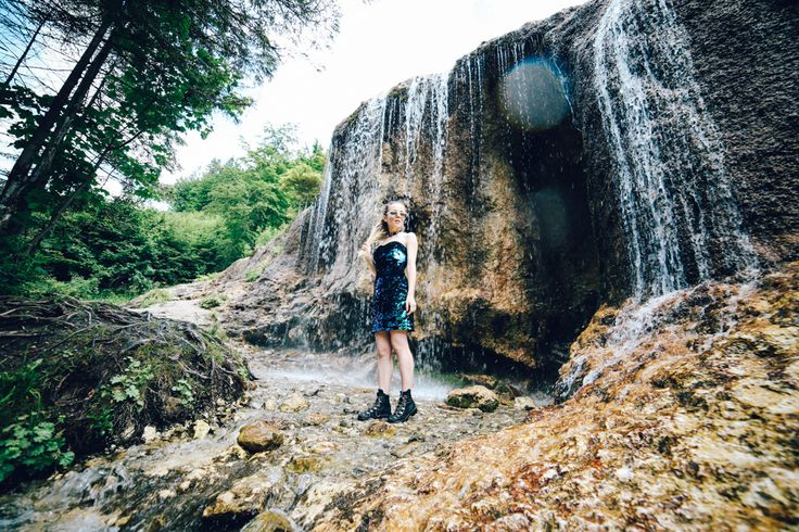 Romania | Waterfall | Fashion photography | Fashin details | Fashion blogger | Blogging | Street Style | Personal Style | Outfit | Sequin dress | Boots Rochii cu paiete